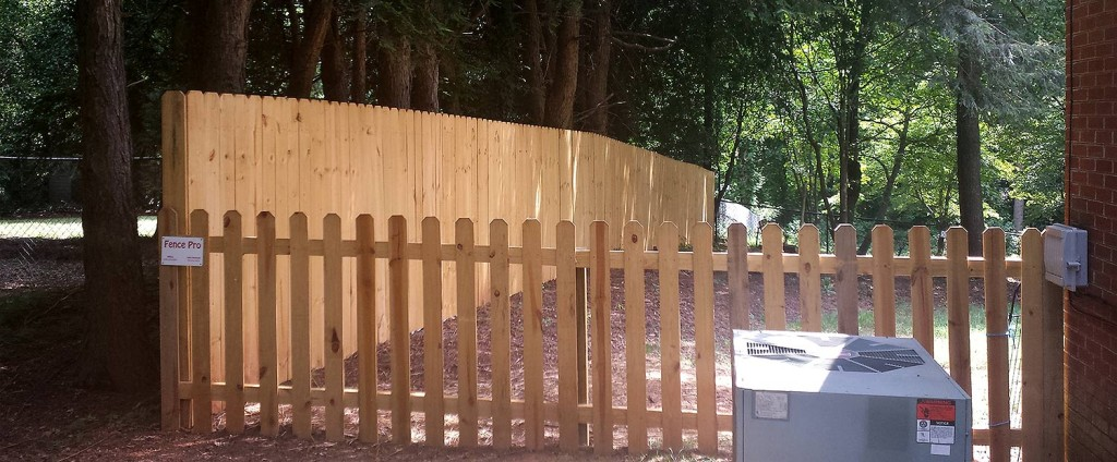 Fence Installations and Hickory Wood Fencing with Fence Pro of Hickory